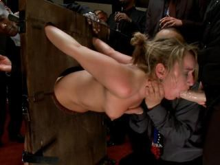 domination extreme massage et baise